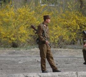 Солдат Северной Кореи убил сослуживцев и попытался сбежать в Южную Корею