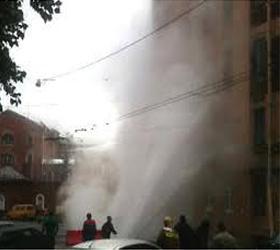 В Санкт-Петербурге выбил стекла в квартирах фонтан кипятка
