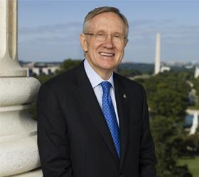 В серьезное ДТП попал лидер демократов в сенате Америки