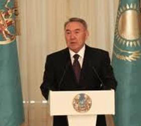 У президента Назарбаева попросила помощь мать Челаха