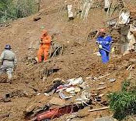 В Китае на месте схода оползня были найдены тела школьников