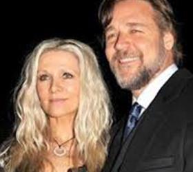 Рассел Кроу развелся с женой