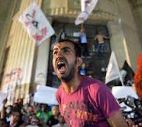 Больше ста двадцати человек пострадали в Каире в столкновениях