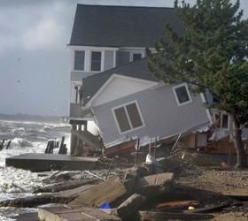"""Количество жертв урагана """"Сэнди"""" в Канаде и Америке достигло пятидесяти человек"""