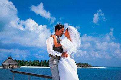 Насколько дорого поженится за рубежом