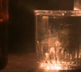 Пять студентов и две школьницы отравились алкоголем в Мытищах