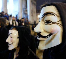Anonymous отметили день Гая Фокса, обнародовав 28 тысяч паролей к аккаунтам PayPal