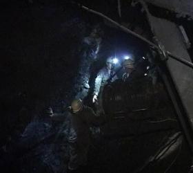 Обрушение рудника в Кемеровской области: один человек под завалами