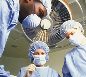 Немецкие врачи удалили опухоль весом 21 килограмм