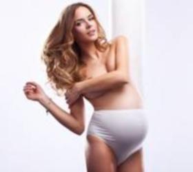Ученые: секс на поздних сроках беременности не провоцирует роды