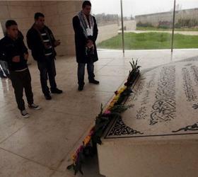Из мавзолея расположенного в Рамалле эксгумированы останки Ясира Арафата