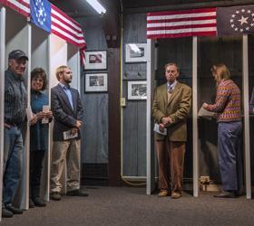 Первыми на выборах в Америке проголосовали жители деревни в Нью-Гэмпшире