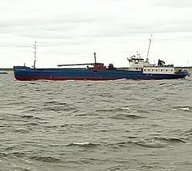 """Из-за шторма отложены водолазные работы на месте затопления сухогруза """"Амурская"""""""