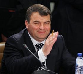 Советником Чемезова не назначался Анатолий Сердюков