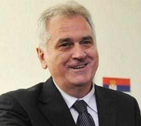 На скоростном шоссе произошло столкновение полицейского автомобиля и кортежа сербского президента