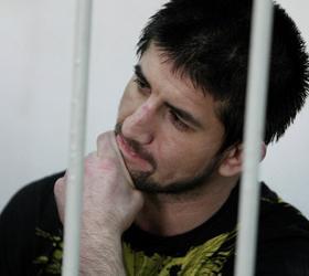 Усилены меры безопасности у здания суда, в котором будет оглашен приговор Мирзаеву