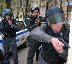 Неизвестным схвачены два сотрудника банка в Калуге