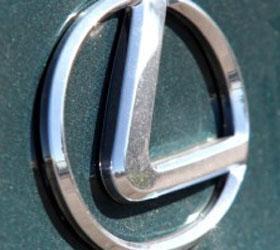 В Детройте дебютирует новый Lexus IS