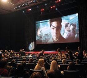 В России за показ зарубежных фильмов введут налог