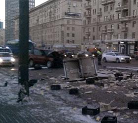 В Москве на Ленинском проспекте произошло ДТП
