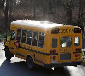В США преступником  расстрелян водитель школьного автобуса и похищен ребенок