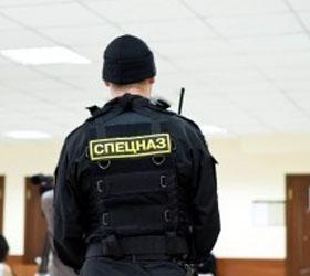 ФСБ нагрянула в кабинеты чиновников Приморского района