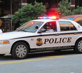 Полиция США ведет переговоры с мужчиной, захватившим ребенка в заложники