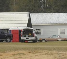 В Алабаме освободили мальчика, удерживаемого преступником в бункере