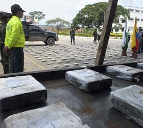 В Венесуэле перехвачен самолет с тонной кокаина на борту