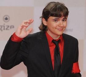 Сын Майкла Джексона Принц начал самостоятельную карьеру тележурналиста