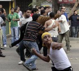 В Каире на штурм дворца президента пошла разъяренная толпа