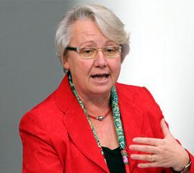 За плагиат ученой степени лишена министр образования Германии