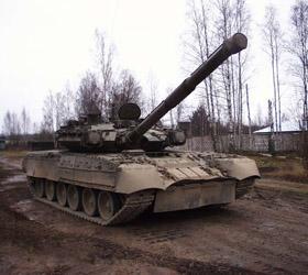 В Еланском гарнизоне очередное ЧП, солдат был ранен выстрелом из танка