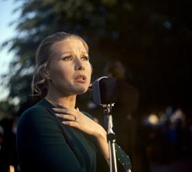 Скончалась звезда советской эстрады 60-х – 80-х годов Мария Пахоменко
