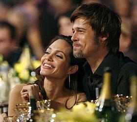 Первая партия вина от Джоли и Питта была продана всего за пять часов