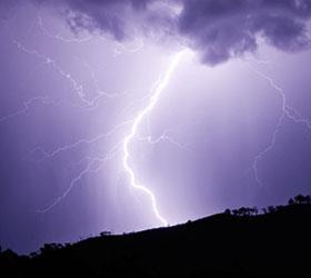В Турции в самолет с футболистами из Саратова ударила молния
