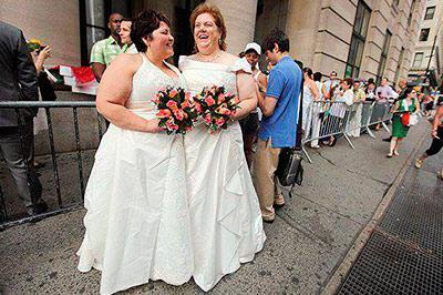 Во Франции будут совершаться однополые браки