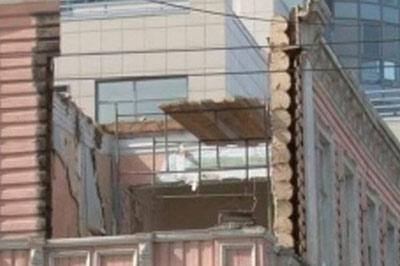 Во время реконструкции здания в Перми произошло обрушение