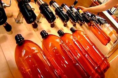 В России запретят алкоголь в пластиковых бутылках