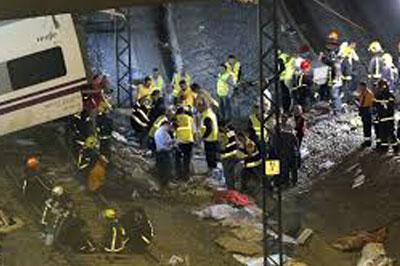 В результате крушения поезда погибли 77 человек