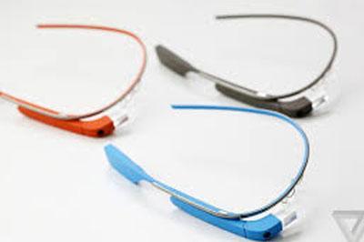 Депутат остановила пресс-конференцию из-за очков Google Glass