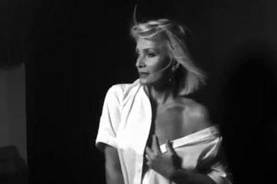 Playboy не смог оплатить фото Лаймы Вайкуле