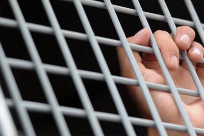 Во Владивостоке мужчина насиловал свою подопечную девять лет
