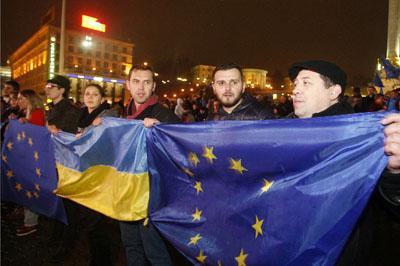 Владимир Путин обвинил Евросоюз в давлении на Украину
