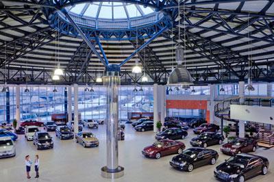 Продажи новых автомобилей на территории России падают