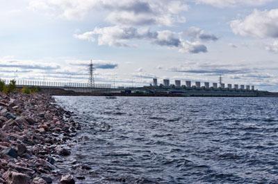 Петербургская дамба перекрыта в связи с угрозой наводнения