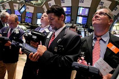 Ведущие индексы на российском рынке акций пошли стремительно вверх