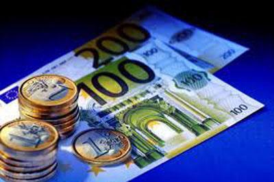 Латвия совершила переход на евровалюту