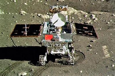 У Китайского лунохода обнаружили проблемы