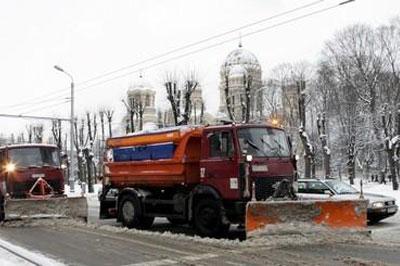 Власти решили создать региональные центры по уборке снега